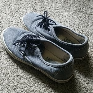 🌟3/$20 Gray Vans boys shoes size 2.5
